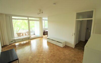 Großzügige, helle 2-Zi.-Wohnung mit Balkon zum grünen Innenhof im beliebten Düsseldorf-Niederkassel!